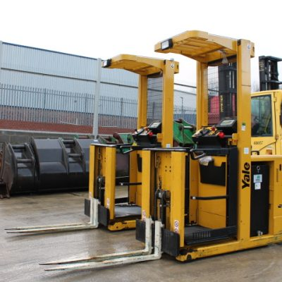 YALE MO10E AC FORKLIFT LANE PICKER